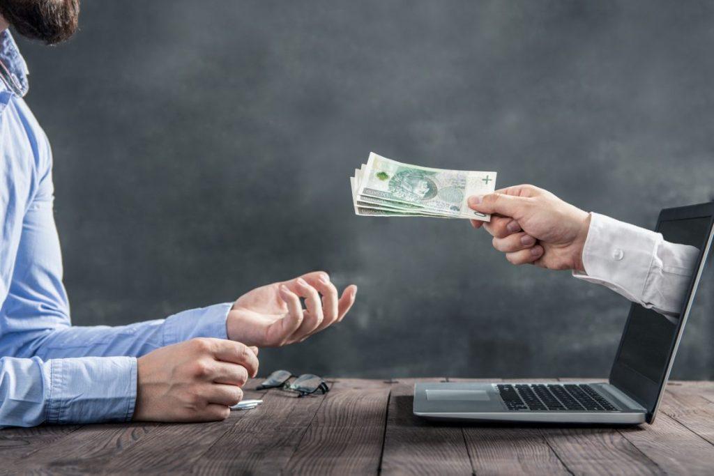 Revenus Passifs : Devenir Riche  Gratuitement En Restant Chez Soi (2020)